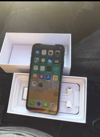 iPhone XS Max Brand New Unlocked