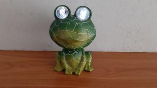 rana cerámica luz solar 18 cm artículo nuevo sin e