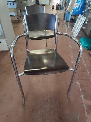 silla madera con patas cromadas