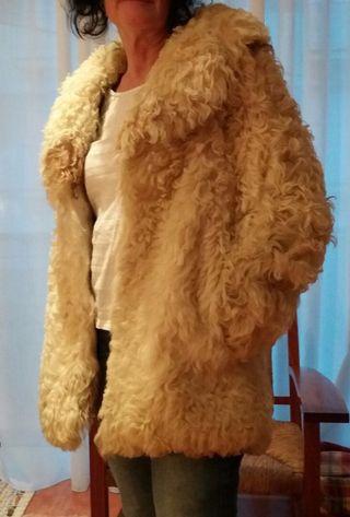 Abrigo de piel de borrego