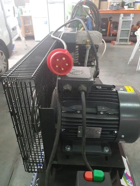 Compresor trifasico de aire