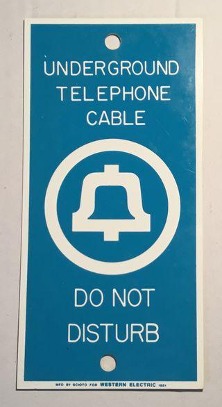 Antigua placa telefónica Wéstern Electric