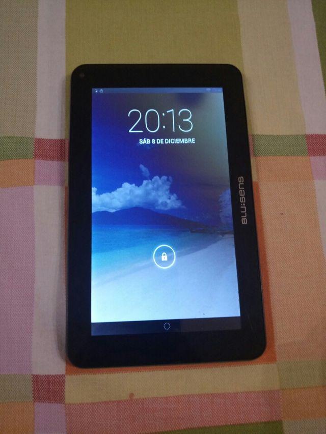 "Tablet Onda V80 de 8"" y Blu:sens de 7"""