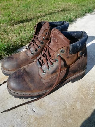 Botas Skechers talla 44