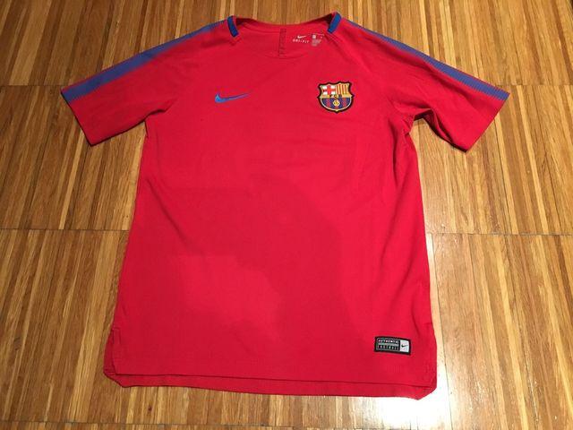 Camisetas FC.BARCELONA de segunda mano por 15 € en Barcelona en WALLAPOP f17a17ae430