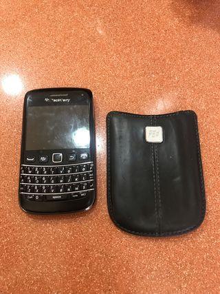 Blackberry Bold con funda y sin cargador