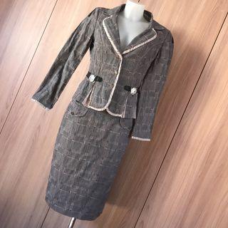 MERCEDES DE MIGUEL traje chaqueta y falda 42