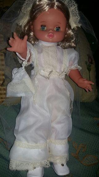 muñeca antigua de los 60 o 70
