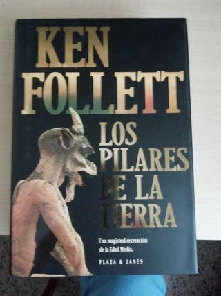 Libro : Ken Follett. Los pilares de la tierra
