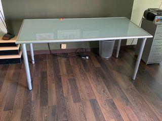 Mesa de estudio (Ikea)