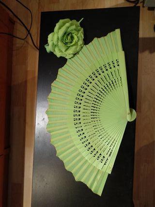 Abanico y pinza flor verdes flamenco