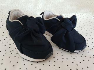 Zapatillas Zara niña. N 23