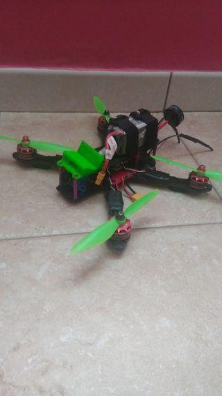 Dron fpv