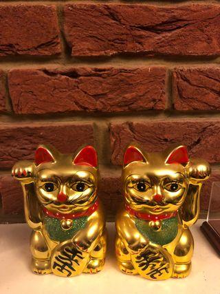Set of golden lucky cats