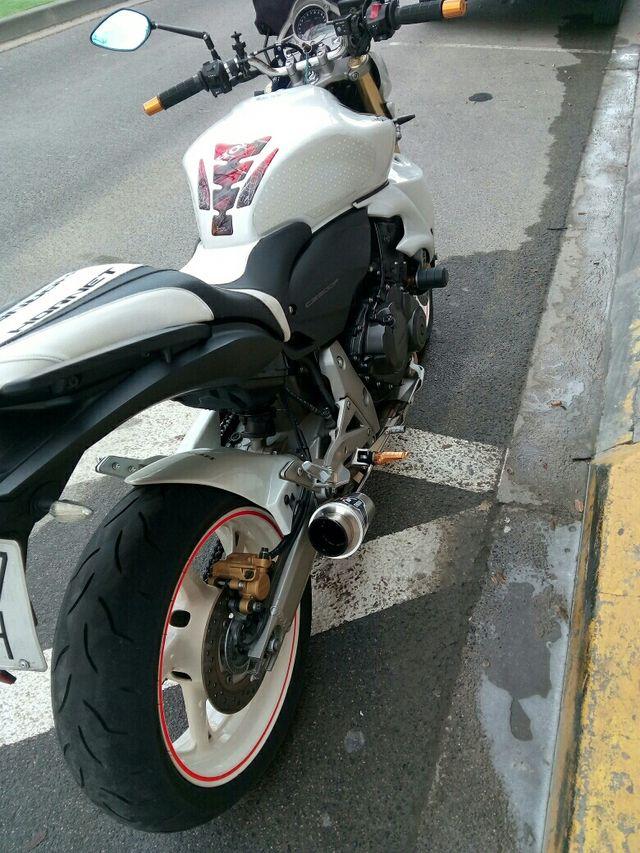 Honda CB 600 F Hornet (ABS) 2008/2008 - Salão da Moto - 3783