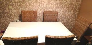 Mesa comedor + 6 sillas madera- mimbre
