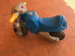 moto azul primeros pasos