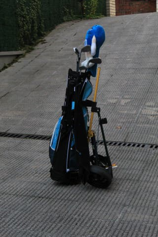 Palos golf + bolsa + carro