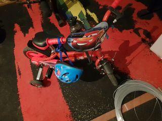 bicicleta de niño de rayo
