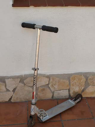 Patinete Scooter y monopatín.
