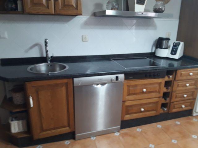 Muebles cocina de segunda mano por 250 € en Fuentes de León en WALLAPOP