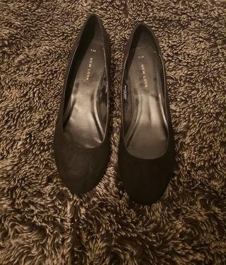 Newlook black heel pumps