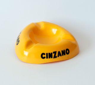 Cenicero vintage, publicidad de Cinzano, Italy