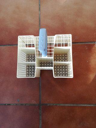 Cesta cubiertos lavavajillas Whirlpool ADP 4556