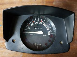 Cuentakilómetros FIAT 126