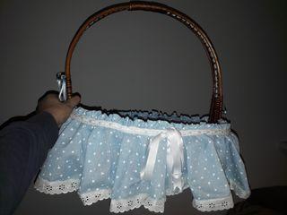 cesta de mimbre para bebes