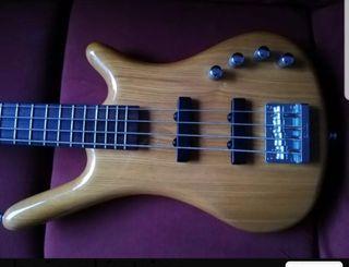 Bass - Bajo eléctrico