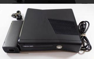 Vendo Xbox 360 slim 250gb