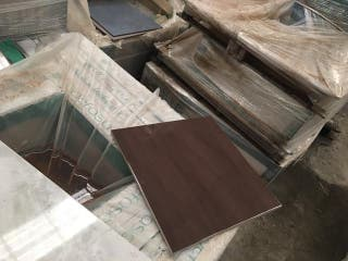Gres Porcelanico 45x45 con tara ( restó 98 m2)