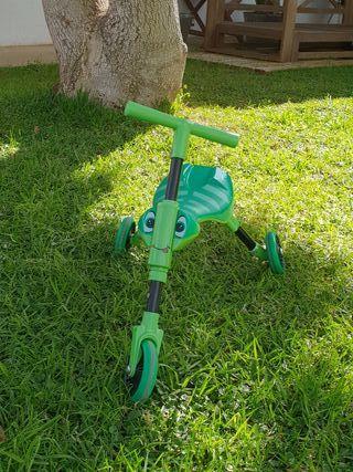 Triciclo Scuttle Bug niños 1-2 años
