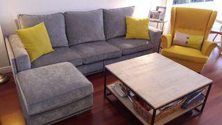 Sofá con tachuelas