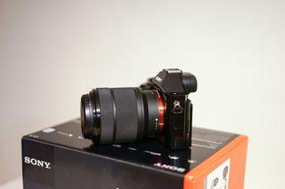 Cámara Sony Alpha A7 Full Frame , 24.3 MP
