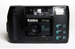 Cámara vintage de carrete KONICA MT100