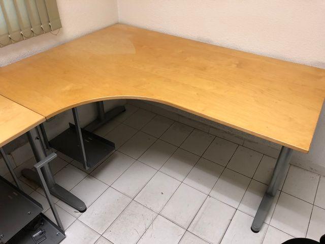 2 Mesas despacho / oficina IKEA Galant de segunda mano por 150 € en ...