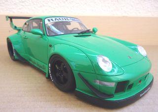 MAQUETA PORSCHE 911 (993) GT SPIRIT 1: 18