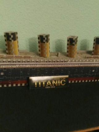 puzzle 3D maqueta Titanic hecho