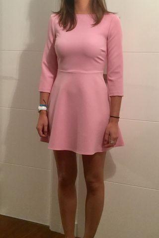 Vestido rosa chicle de Zara