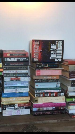 Lote de 50 libros novelas en Inglés