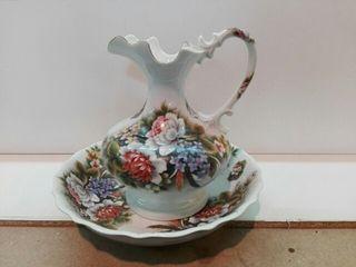 aguamanil de porcelana