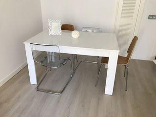 Mesa de comedor Ikea de segunda mano por 90 € en Málaga en WALLAPOP