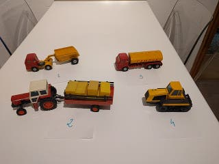 Colección camiones y grúas