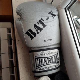 Guantes de boxeo Charlie BAT-X + vendas