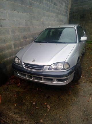 Despiece o entero. Avensis 2000 particular