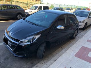 Peugeot 208 Style. 208 Style Puretech82 2016