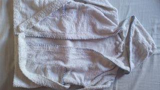 albornoz niño Zara y regalo toalla nueva