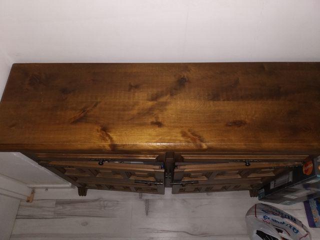 Oportunidad!! Aparador madera maciza